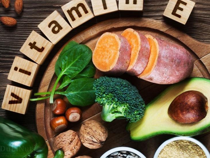 Quả óc chó giàu Vitamin E tốt cho mẹ bầu