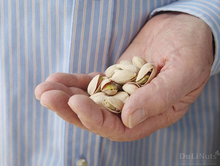 Tác hại khi ăn nhiều hạt dẻ cười
