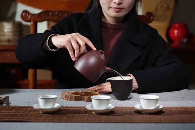 Ấm Tử Sa: Loại ấm tử sa nào phù hợp với loại trà nào? 5