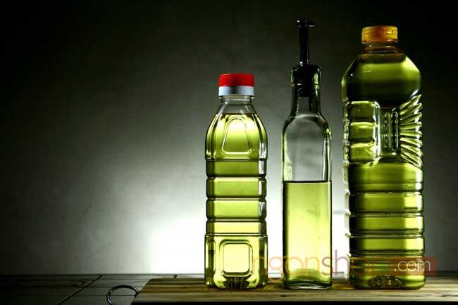 dầu thực vật và hạt dinh dưỡng có nhiều Omega 6
