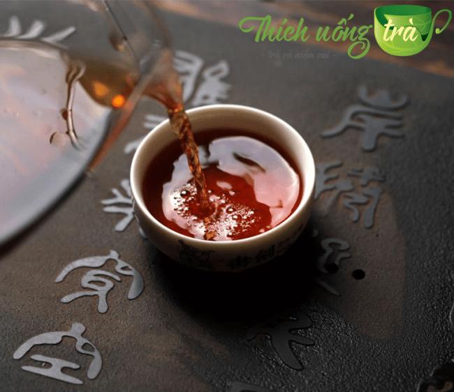 màu nước phổ nhĩ lão trà đầu
