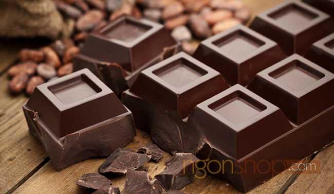 Sô cô la đen cũng chứa nhiều sắt