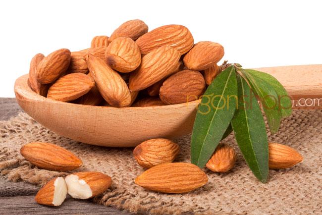 Hạt hạnh nhân có nhiều phenol, flavonoid, axit phenolic