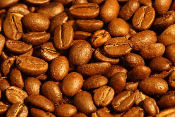 Uống cà phê giảm 50% ung thư miệng 1