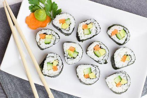 Cách làm sushi chay siêu ngon mà chế biến lại rất đơn giản 1
