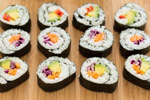 Cách làm sushi chay siêu ngon mà chế biến lại rất đơn giản 5