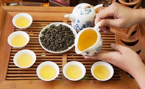 Trà Ô Lông có tác dụng gì? Nên uống trà vào thời điểm nào là hợp lý? 3
