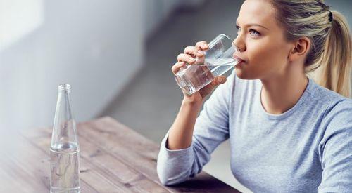 Uống nước đúng cách như thế nào để tốt cho sức khỏe? 3
